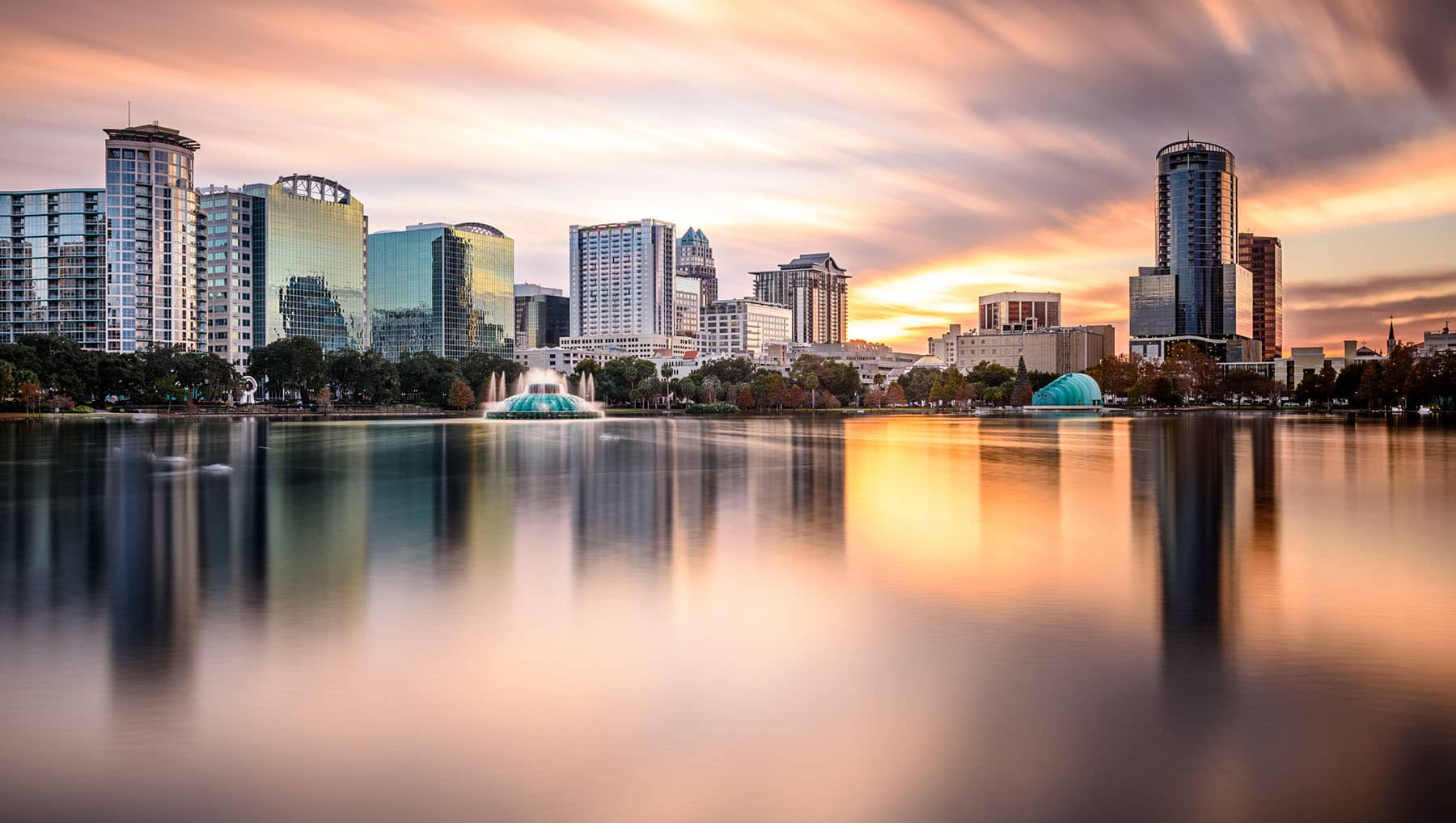 Downtown Orlando Lake Eola Picture